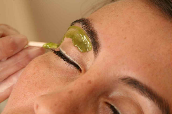 Eyebrow Wax