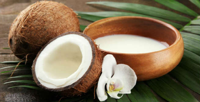 Coconut Milk Shampoo at Home