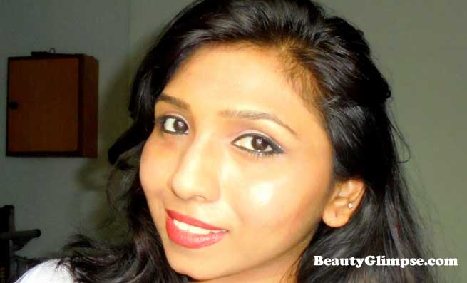 Lakme Absolute Creme Lipstick- Runway Red Review