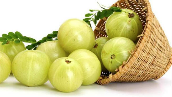Control Hair Fall With Amla