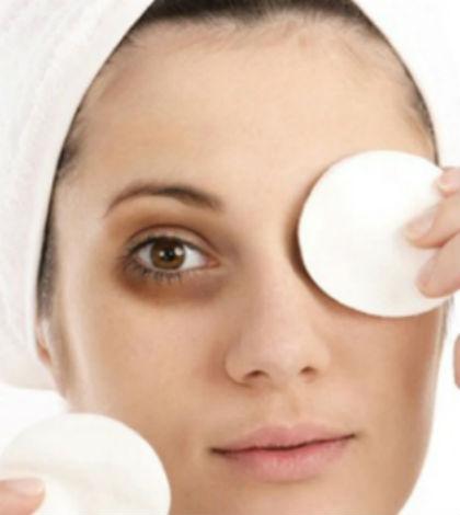 homemade-soothing-eye-mask-featured