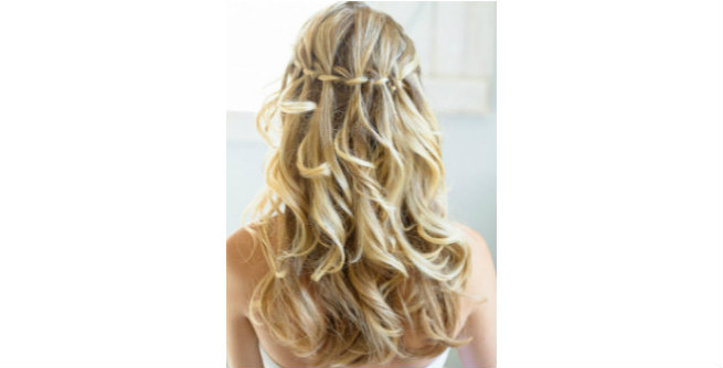 Simple and Seductive Waterfall Twist