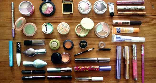 The Right Way To Pack Your Beauty Essentials