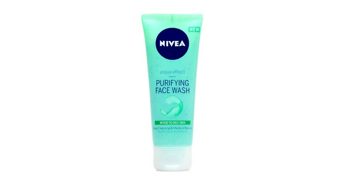 Nivea Aqua Effect Refreshing Face Wash