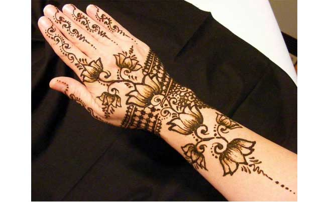 Black Mehendi Designs