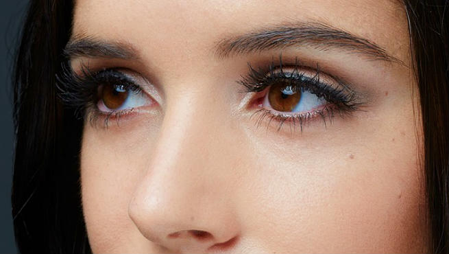 How To Get Beautiful Eyes Naturally At Home