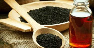16 Reasons To Use Kalonji Oil For Health And Beauty
