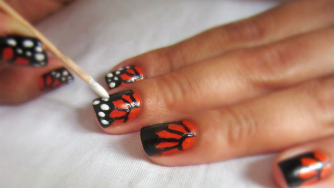 Nail Art Ideas By Using A Toothpick