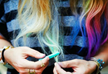 Hair Chalking – The Fun Way To Get Temporary Hair Color